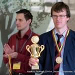 teisėjas Vaidas Radzickas, čempionas Šarūnas Šulskis ; klasikinių šachmatų Lietuvos 2014 m. čempionatas