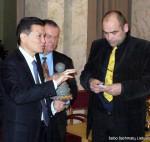 Kauno šachmatininkų draugijos įsteigimo 90-mečio paminėjimas, Kirsan Nikolayevich Ilyumzhinov, Gintas Zybartas
